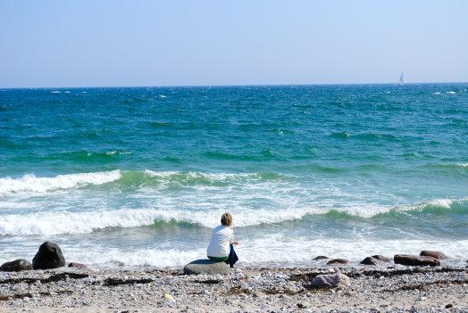Nur das weite Meeresrauschen der Ostsee ist hörbar
